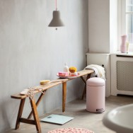 brabantia mineral pink in the bathroom 1