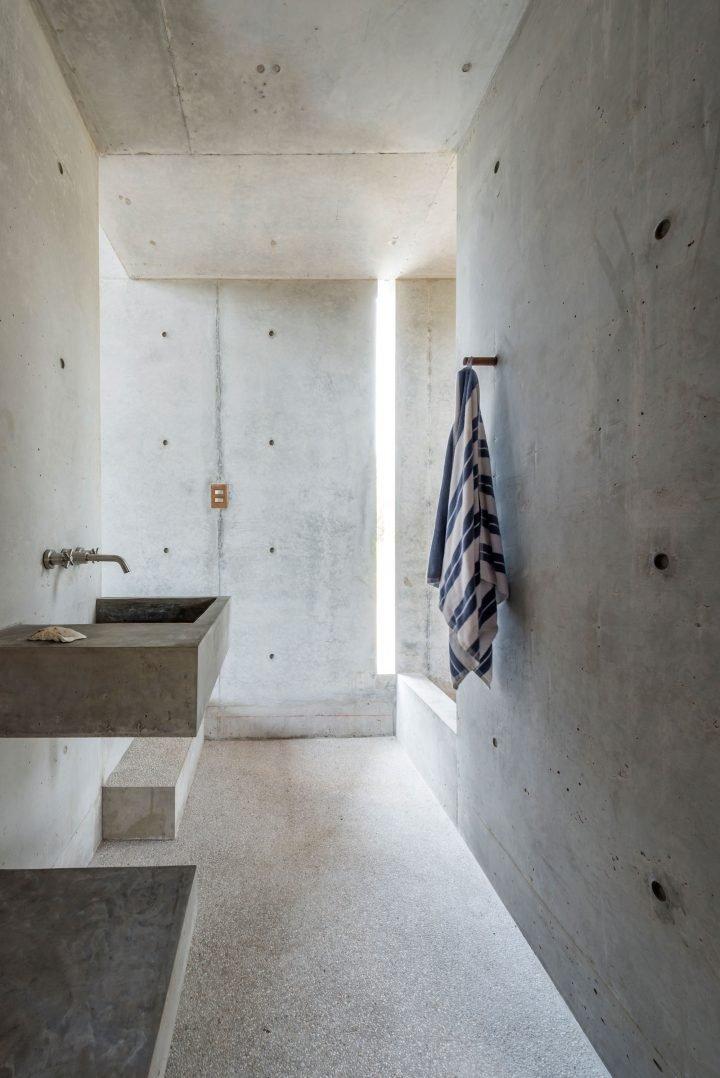 casa tiny bathroom architecture