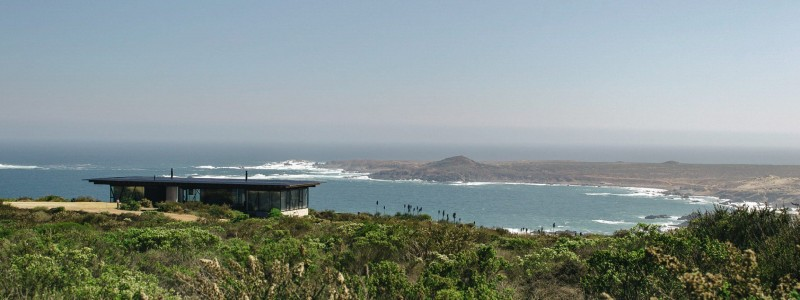 On the Chilean coast, 3370 Studio has designed a three part guest house overlooking the South Pacific Ocean.